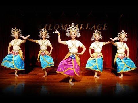 Thailand's rish culture traditional dance