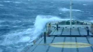 Mighty Ships: Cargo Ship In Storm Force 10-11.wmv