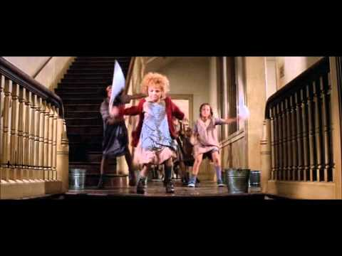 It's the hard-knock life | Annie (1982)