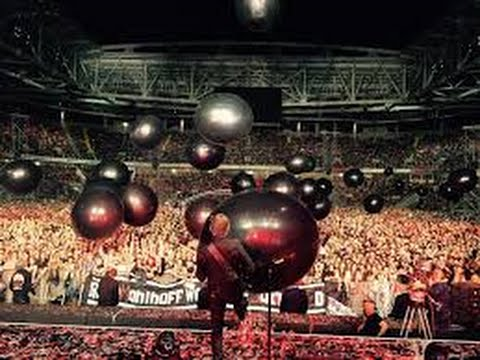 MUSE- PARKLIVE 2015.  Spartak Stadium Moscow. Highlights of the first 30 minutes.