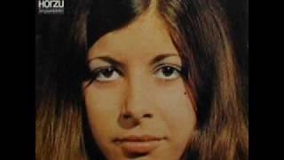 Monica Morell-deine tränen von heute-auf dem asphalt blühn keine.wmv