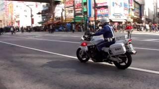 CB1300Pを操る白バイ隊員。The speed-cop who handles CB1300P. thumbnail