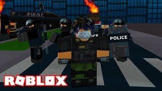 I JOINED THE FBI IN ROBLOX...