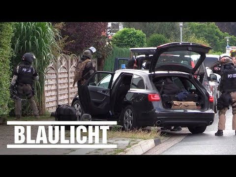 SEK-Einsatz in Oldenburg - Bewaffnete Bewohner verschanzen sich in Haus