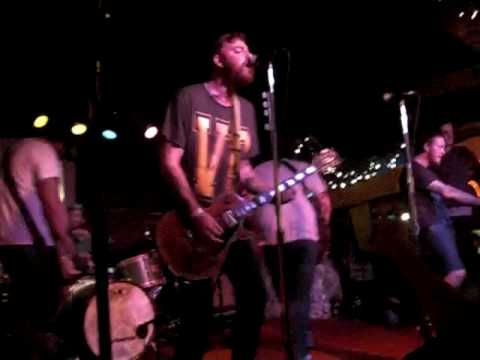 Four Year Strong - Semi Charmed Life, Bottom of the Hill, SF 1-31-10 mp3