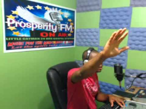 ''PRAISE WITHOUT LIMIT'' 15,12, 2013 ON PROSPERITY FM IN CAYMAN WITH DJ ROBERT