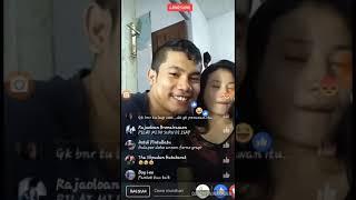 VIRAL! Pasangan ini beradegan panas saat live di fb