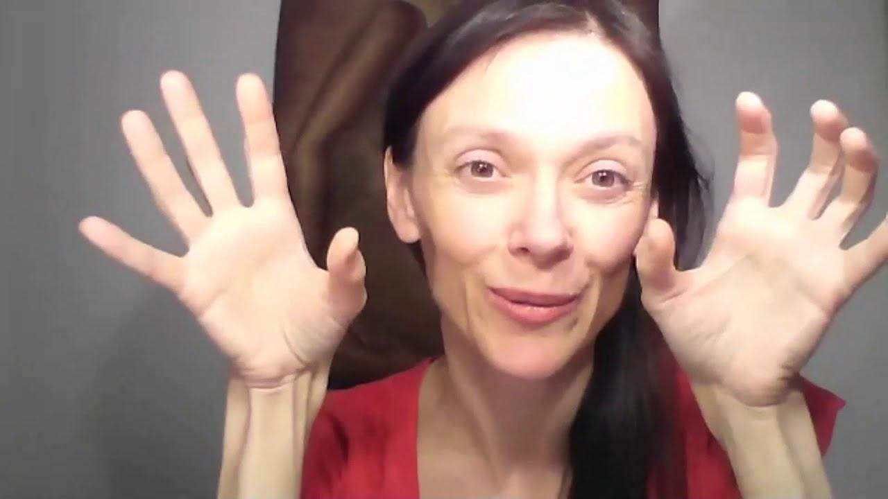 """Video """"ROZPOJENÍ NEZRALÉHO VZTAHU S MÁMOU"""""""