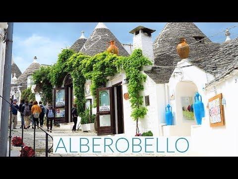 ALBEROBELLO / Puglia, Italy (Trulli Houses)