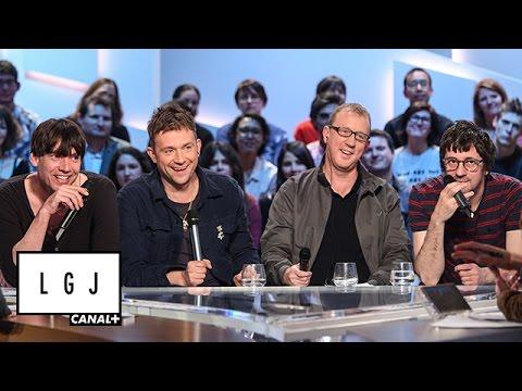 Кадры с  вечеринки накануне концерта Blur в  Москве в  2013  году ,   клуб   « Прожектор». В  эфире программы на  французском телеканале момент ,   на  который попала Елена и  ее  подруги