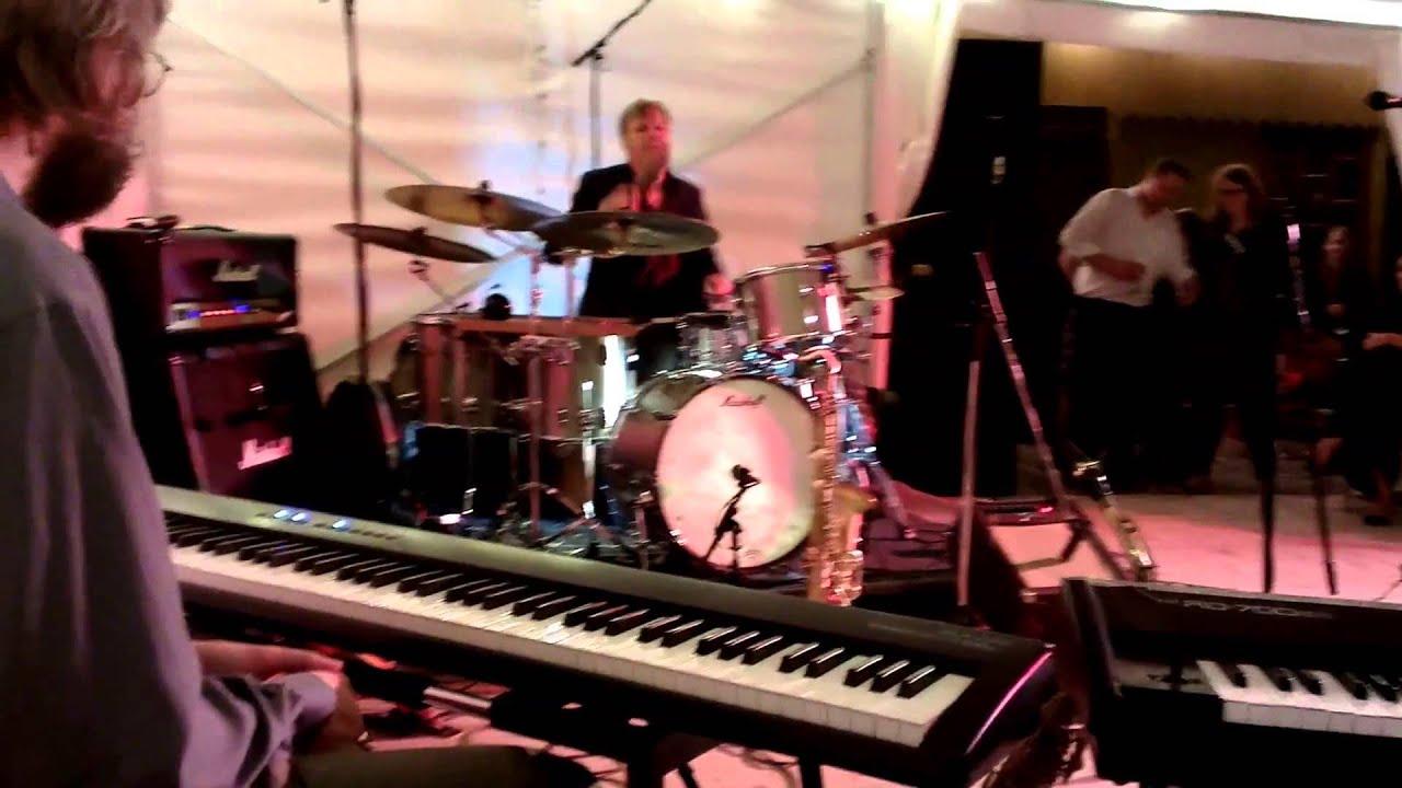 Die Göttinger BLUES\'N\'BOOGIE-KÜCHE - Live auf der Burg Plesse. - YouTube