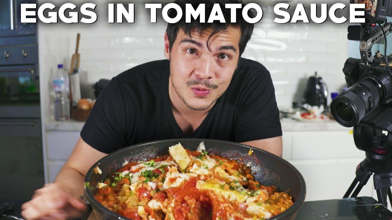 Shakshuka Eggs Recipe (Eggs in Tomato Sauce Best Breakfast)