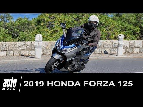 2019 Honda Forza 125 ESSAI POV Auto-Moto.com