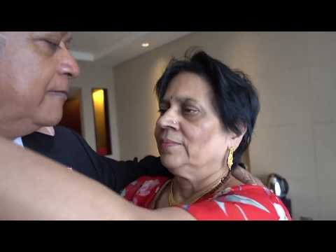 Aruna & Hari Sharma Welcome Kiss China Marriott Hotel 5* Exec Rm 1616 Guangzhou, Aug 14, 2017