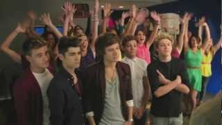 One Direction - Pepsi Commercial Extended Outtake(1D with Drew Brees, pepsi commercial behind the scenes extended version. We do not own anything of this, all rights goes to One Direction. FOLLOW US ON ..., 2012-11-02T04:31:02.000Z)