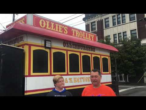 Ollie's Trolly Food Review Louisville, KY