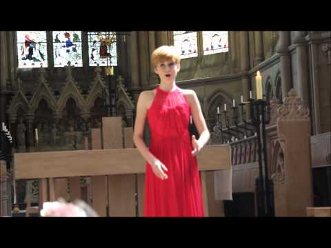 "The most beautiful version of ""Ave Maria"" ever (gounod bach) amazing Soprano voice"