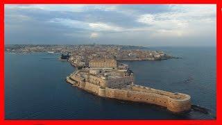 Drone Phantom 4 professional  Fly - island to Ortigia