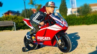 Tema ride on SPORTBIKE DUCATI Surprise toy Unboxing