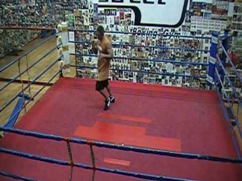 Jamiva Boxing - Coach Mustafa Shadowboxing (Joe Fr...