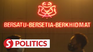 Talk of Cabinet reshuffle heats up at special Umno supreme council meeting