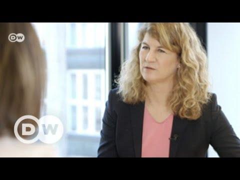 Bossy: Warum verdienen Frauen weniger als Männer? | DW Deutsch