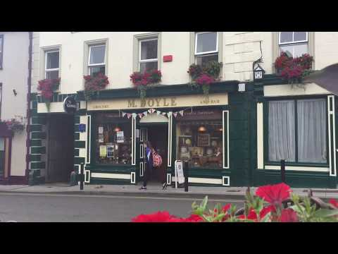 Traditional Irish Music Session in Mick Doyles Pub, Graignamanagh, County KIlkenny, Ireland