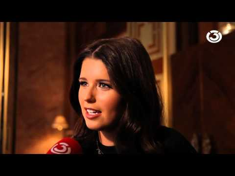 KATHERINE SCHWARZENEGGER & PHILIPP HANSA@ Ö3-INTERVIEW !!