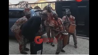 This would make you Laugh! Odunlade Adekola Dances as Kamilu & others Sings and drums for him.