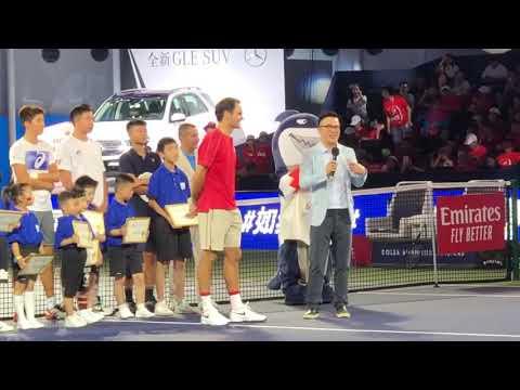 Roger Federer speaking Chinese