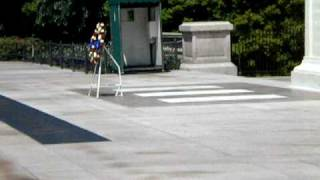 Guard warns visitor at Tomb of the Unknowns
