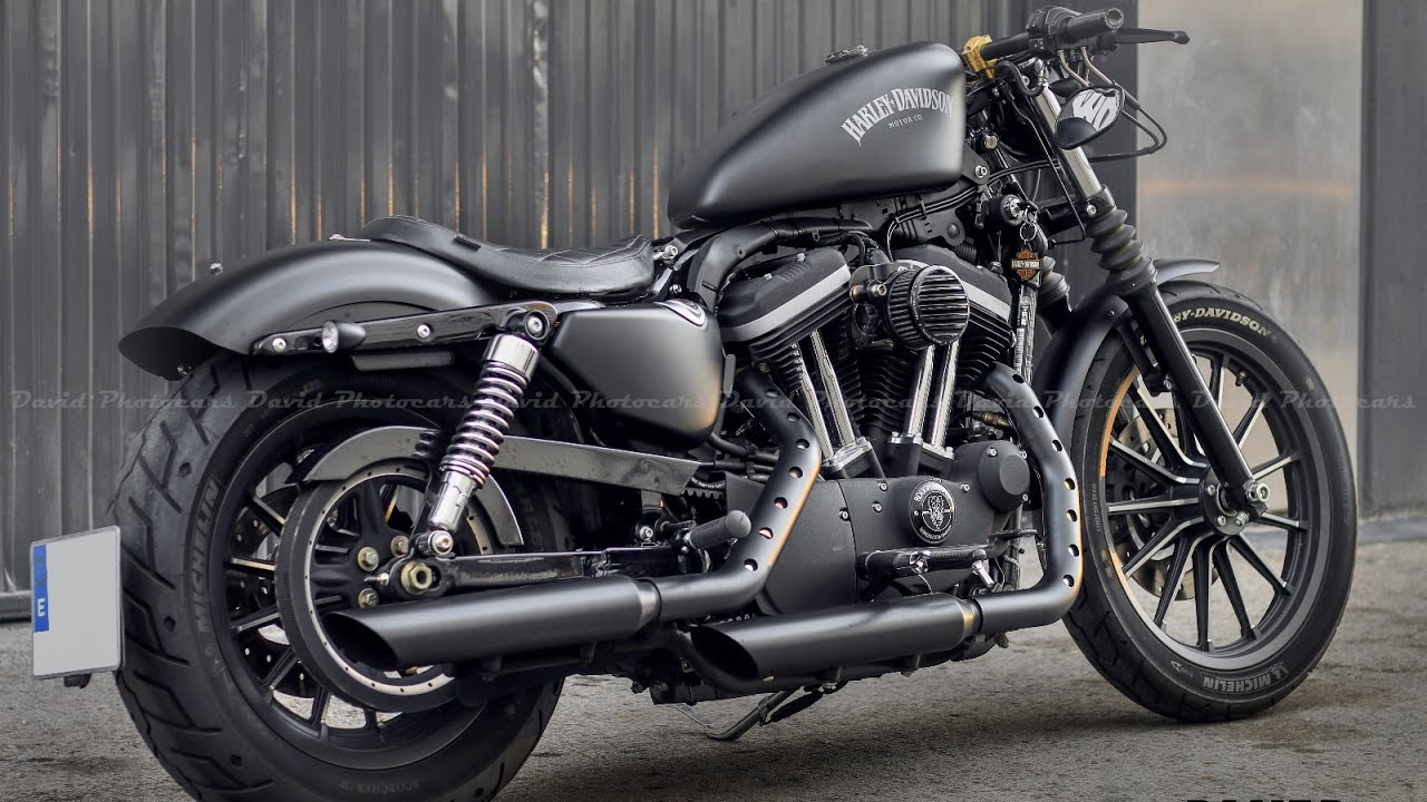 Harley Davidson Iron 883 Custom & Exhaust sound! - YouTube