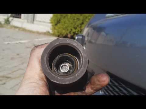 Mazda 6 1 2004г. снимаем EGR