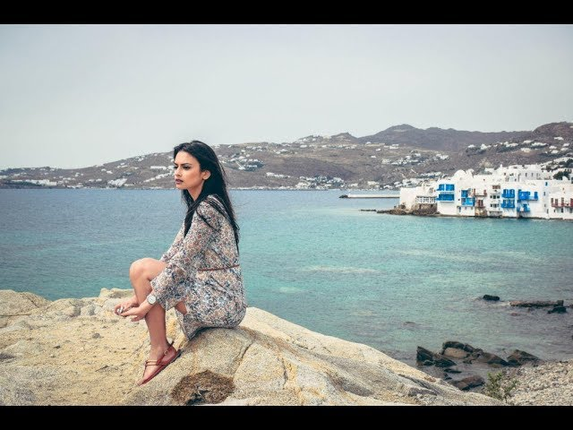 Si i bëra 30 000 euro për tre muaj në plazh në Mykonos, rrëfehet studentja bukuroshe