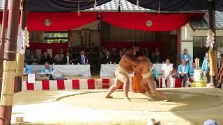 2018年10月14日中庄八幡宮永代奉納相撲百五十年祭--5人抜きの様子です。...