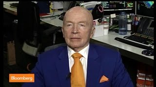 Putin Will Pullback If Sanctions Are Strong: Mark Mobius
