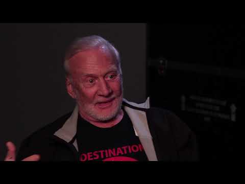 Tell Me A Story: Buzz Aldrin's Felt Tip Pen Saves Day