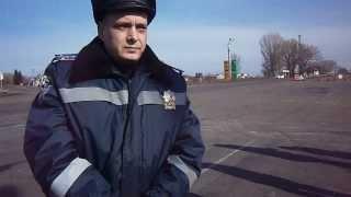 ГАИ Решетиловка . розборка блокировок дороги . 3 часть(Гаишники 20 февраля заблокировали дорогу . вместе с депутатами мы разблокировали и возобновило движение..., 2014-03-01T15:53:00.000Z)