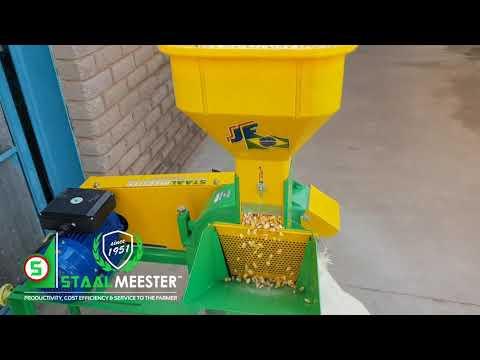 JF 2D Hammer Mill On Maize (part 1)
