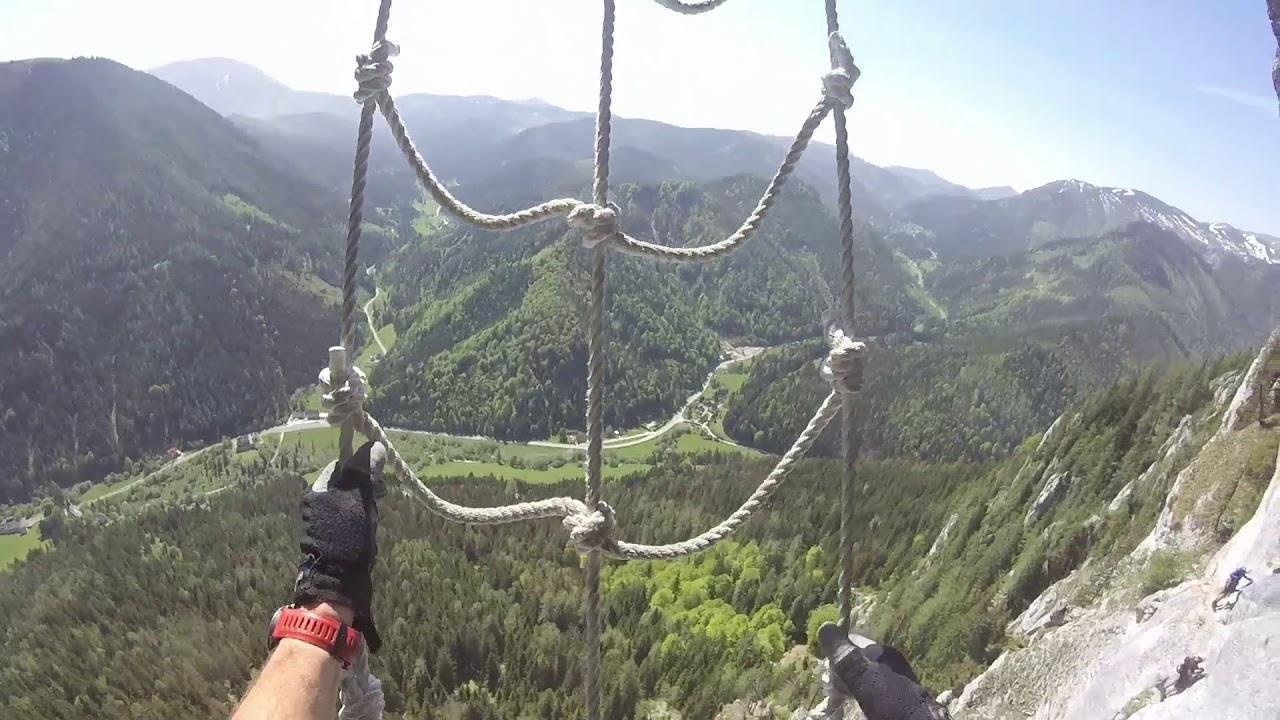 Klettersteig Himmelsleiter : Felix himmelsleiter klettersteig spielmauer youtube