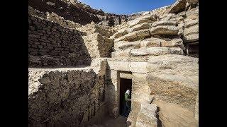 Загляните первыми внутрь нетронутой древней гробницы в Египте возрастом 4400 лет. Фото. Видео.