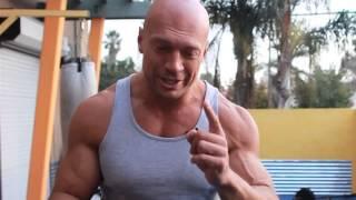 Как правильно накачать грудные мышцы!(В этом видео все подробно показано и рассказано как правильно качать мышцы груди! Смотрите все видео о спор..., 2013-08-24T16:57:59.000Z)