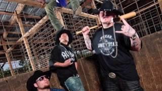"Mikel Knight & The Duke Boyz ""Dash Fulla Cowboy Hats"" Remix Feat. The Moonshine Bandits"