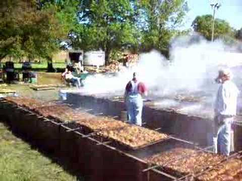 55th Annual World's Largest Sertoma Chicken Barbeque - YouTube