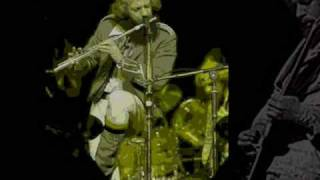 Watch Jethro Tull A Stitch In Time video