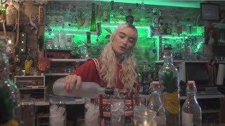 Cintia Lund - Screwdriver