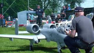 WARTHOG A-10 RC TWIN TURBINE MODEL JET BY MARTIN SANNWALD