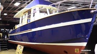 2017 Rhea 850 Timonier Motor Boat - Deck and Interior Walkaround - 2016 Salon Nautique Paris
