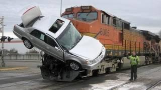 TRUCK VS BIG TRAIN