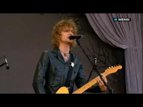 Glastonbury 2008 Live video The Raconteurs Consoler Of The Lonely